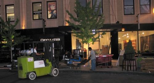 Nicki's Central West End Guide Events, Sightings Shop News Web/Tech  Maryland Plaza Chris Lanter AG 10denza
