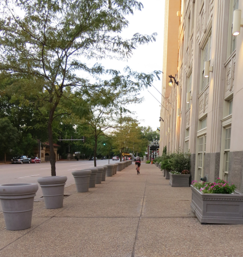 Nicki's Central West End Guide Events, Sightings Urban Gardens  Straub's Chase Park-Plaza Hotel Central West End Scene Alderman Lyda Krewson