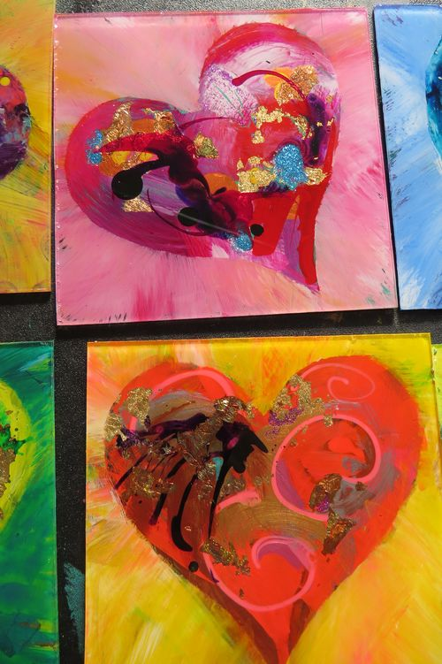 Nicki's Central West End Guide Art & Architecture Events, Sightings For Children Handmade  The Rose Parade Marlene Lewis Donate Life America Bridge to Life Connection